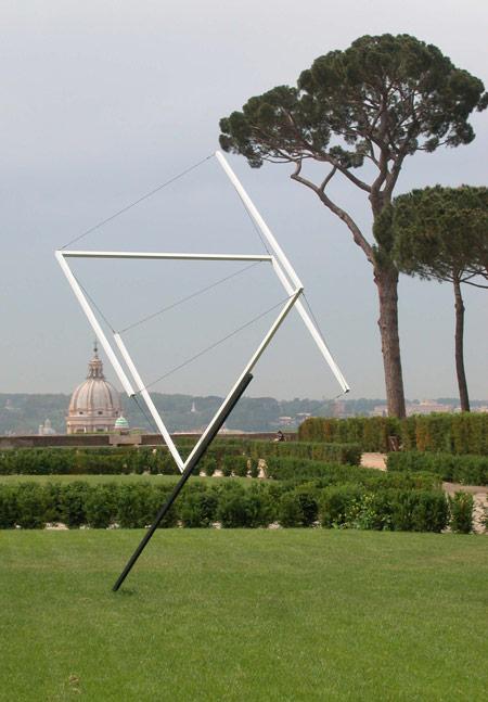 Patrick Fleury  Planète Blanche (1997)  acier, aluminium peint (350 x 300 cm)